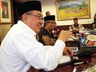 Gubernur Bengkulu Bersama Istri Di Periksa Di Polda